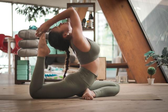 Allenarsi in casa yoga e pilates